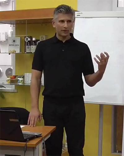 Работа КФС с сознанием и пространством. Нейматов Эдуард Металович. 2 февраля 2016г.. Семинар в лекционном зале